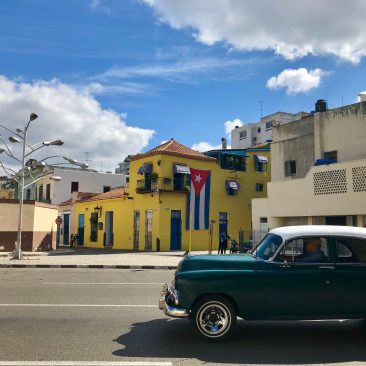 flag + car